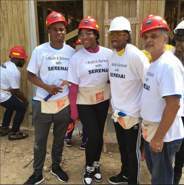 SPORT STARS GO BACK TO SCHOOL: Jamaican track stars Warren Weir and Yohan Blake with Serena Williams on the building site