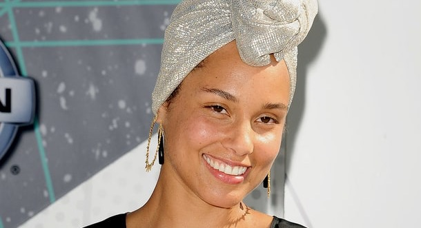 NATURAL BEAUTY: Alicia Keys