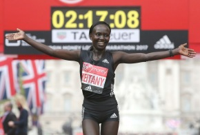 Mary Keitany of Kenya has broken Paula Radcliffe's women's-only world record to win the London Marathon